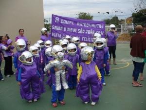Desfile das equipes